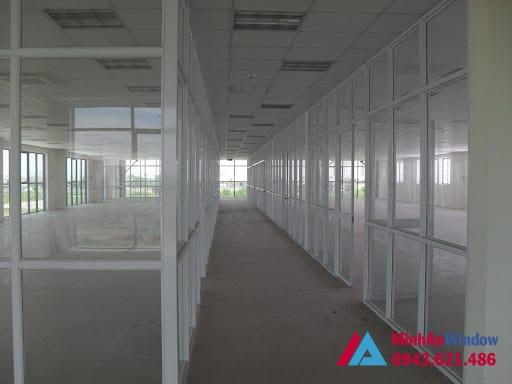 Mẫu cửa vách nhôm kính tại KCN Thường Tín - Hà Nội do Minh An Window lắp đặt