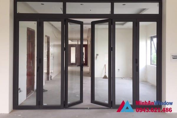 Mẫu cửa đi nhôm kính nhiều cánh tại KCN Thường Tín - Hà Nội do Minh An Window lắp đặt