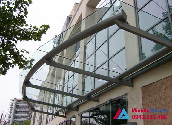 Mẫu mái kính được khách hàng tại quận Cầu Giấy lựa chọn nhiều nhất cho sảnh các toà nhà