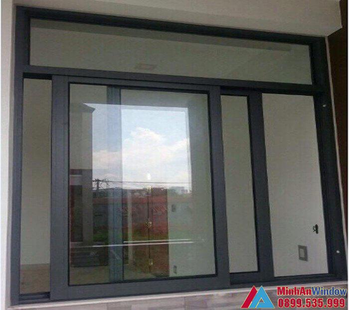 Mẫu cửa sổ nhôm kính đẩy ngang 2 cánh do Minh An Window lắp đặt