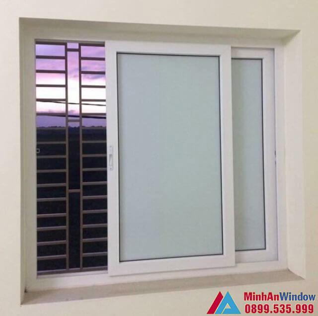 Mẫu cửa nhôm kính mờ đẩy ngang do Minh An Window lắp đặt