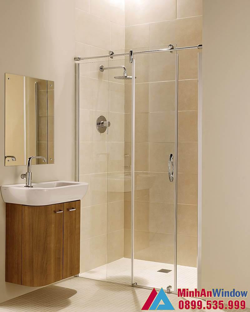 Mẫu vách kính phòng tắm nhỏ lắp cho khách sạn