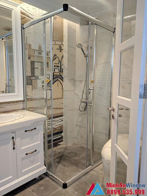 Mẫu vách kính phòng tắm nhỏ  do Minh An Window lắp đặt